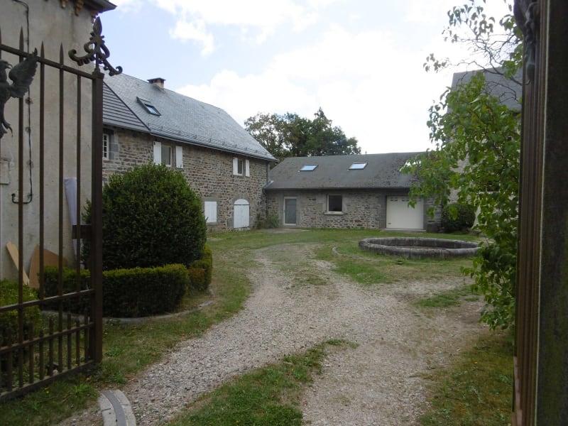 Sale house / villa Yssingeaux 296000€ - Picture 1