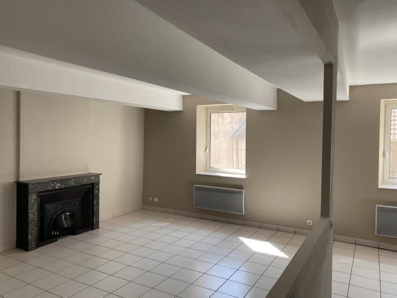 Bourgoin Jallieu - 4 pièce(s) - 93 m2 - 1er étage