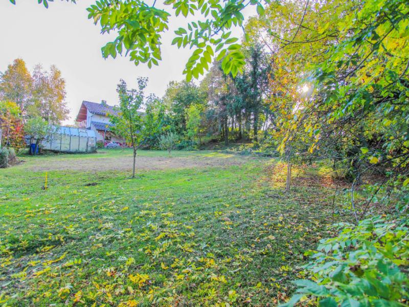 Terrain à bâtir - Au calme - De 1360 m² - La Motte Servolex.