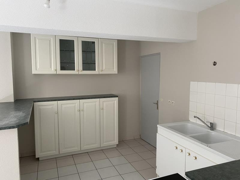 Sale apartment Bourgoin jallieu 165000€ - Picture 4