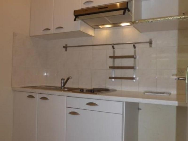 Rental apartment Ferney voltaire 730€ CC - Picture 2