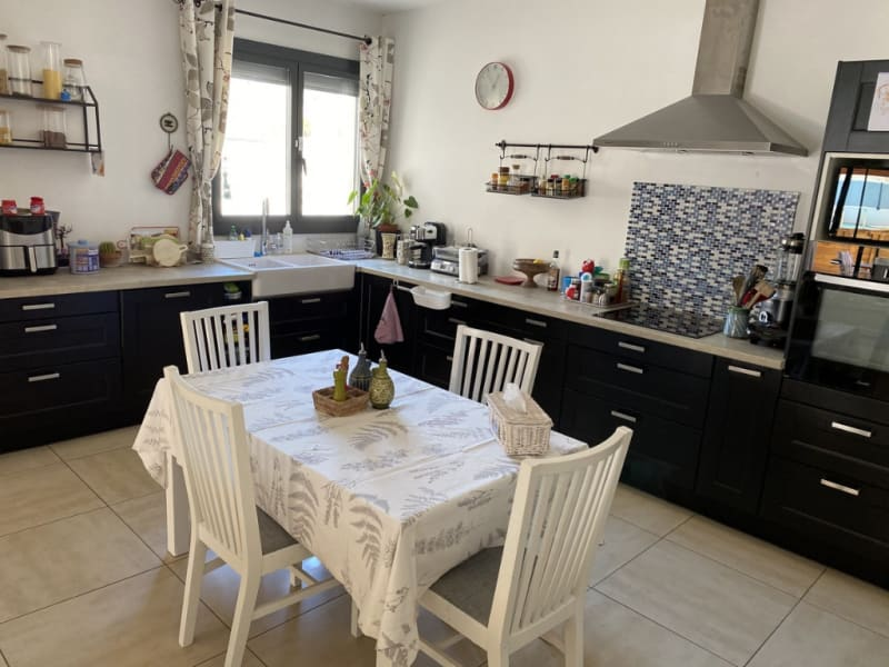 Sale house / villa Les angles 367500€ - Picture 2
