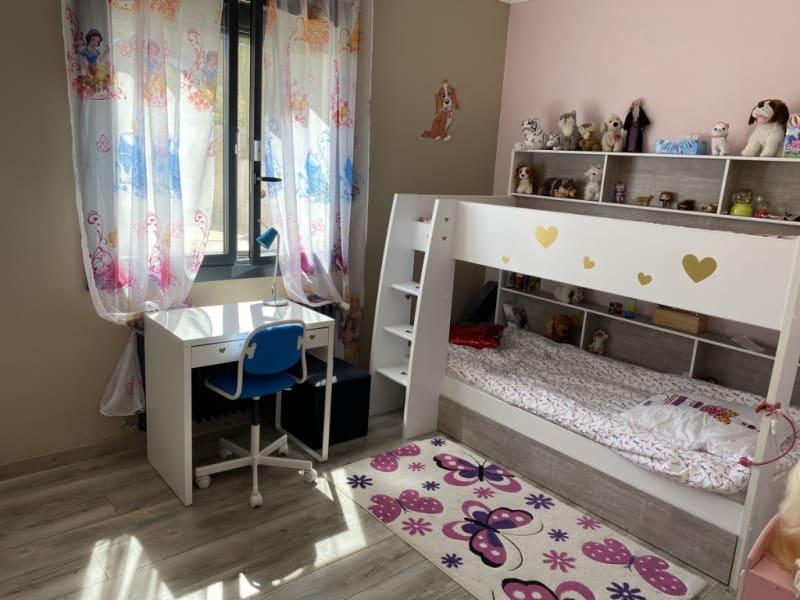 Sale house / villa Les angles 367500€ - Picture 8