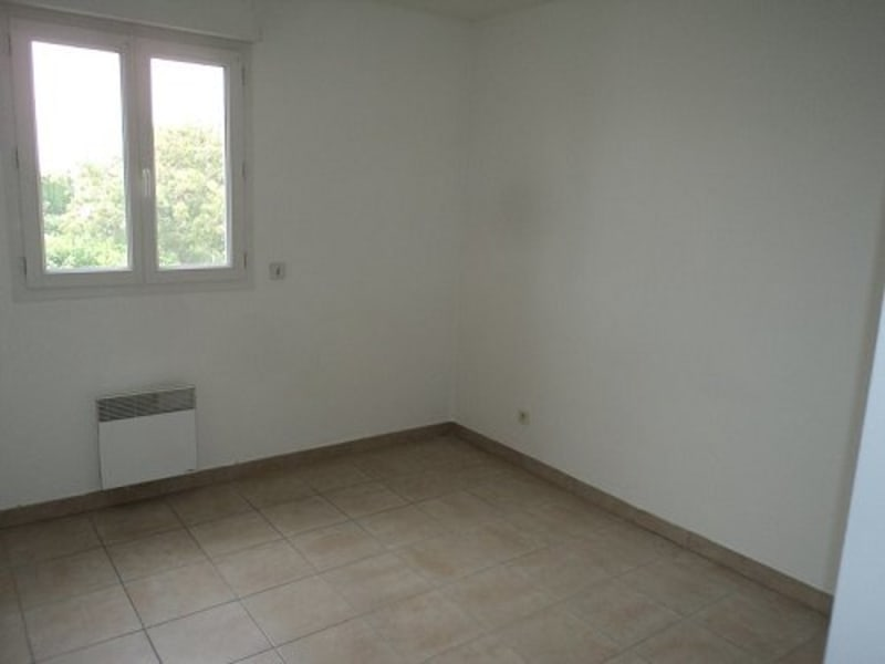 Location appartement Marignane 699€ CC - Photo 4