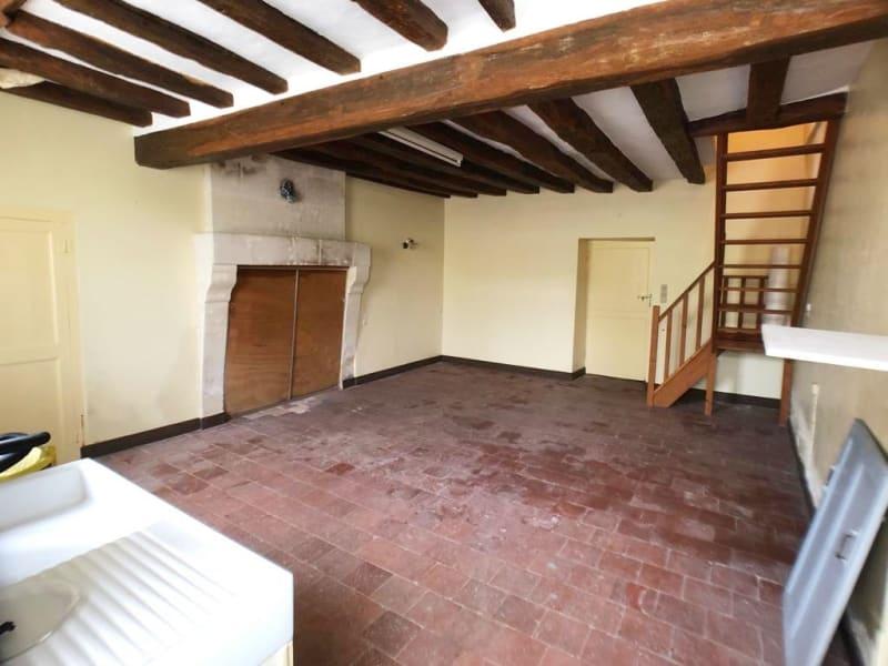 Vente maison / villa La chartre sur le loir 76200€ - Photo 5