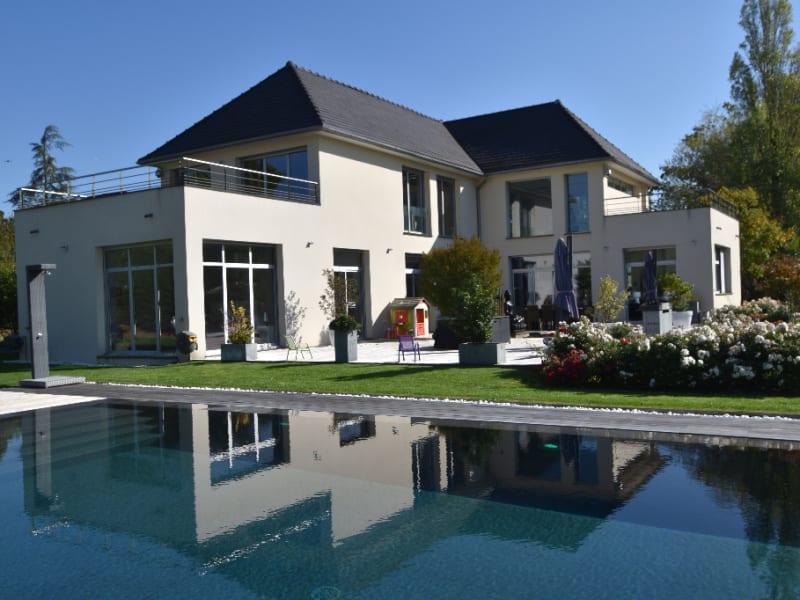 Sale house / villa Feucherolles 2650000€ - Picture 1