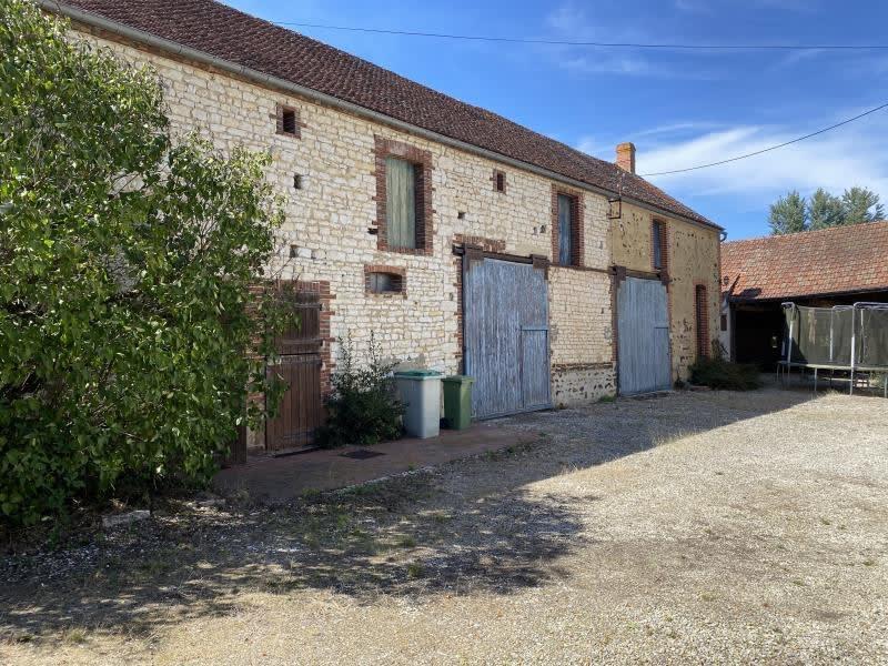 Vente maison / villa Pourrain 316500€ - Photo 2