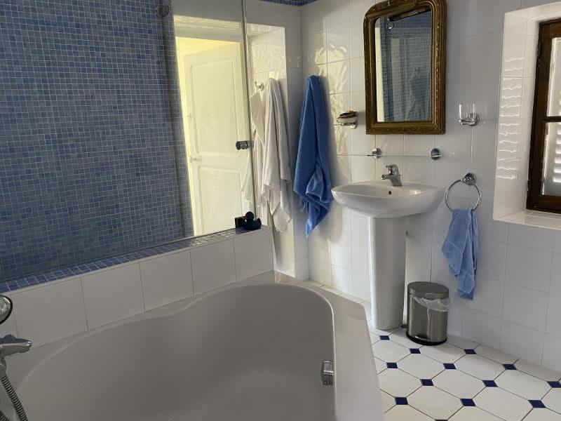 Vente maison / villa Pourrain 316500€ - Photo 10
