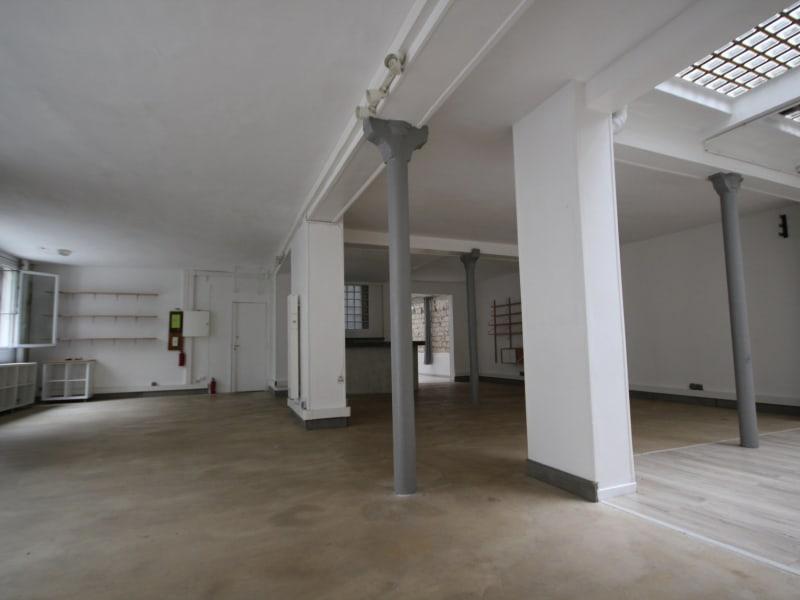 Vente loft/atelier/surface Paris 18ème 950000€ - Photo 10