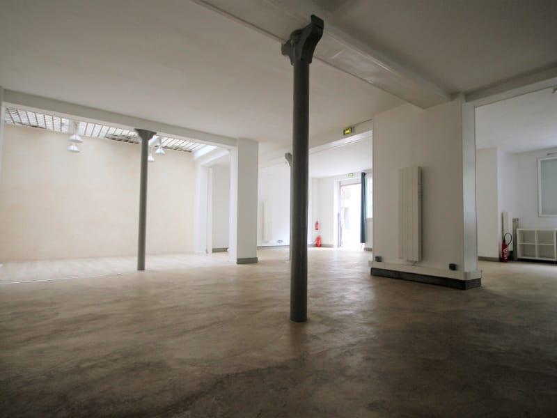 Vente loft/atelier/surface Paris 18ème 950000€ - Photo 2