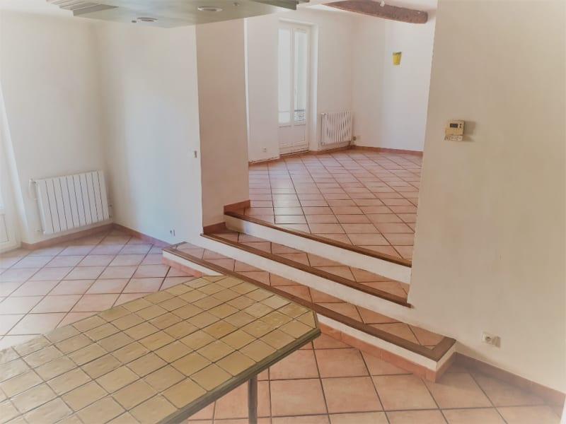 Rental house / villa Meyrargues 1062€ CC - Picture 6