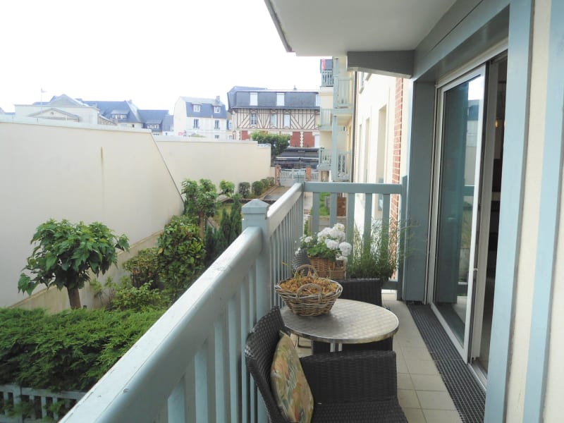 Sale apartment Deauville 640 000€ - Picture 3