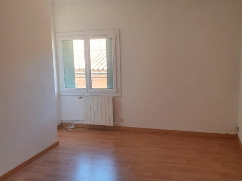 Rental house / villa Meyrargues 1062€ CC - Picture 8