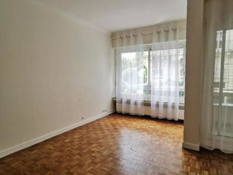 Location appartement Paris 16ème 1620€ CC - Photo 3