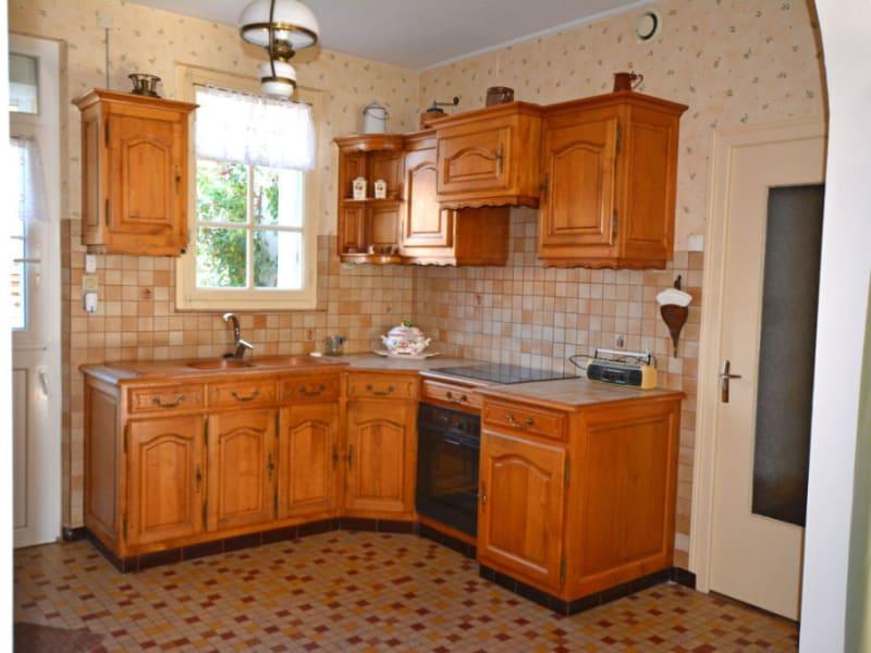 Vente maison / villa La chartre sur le loir 91500€ - Photo 7