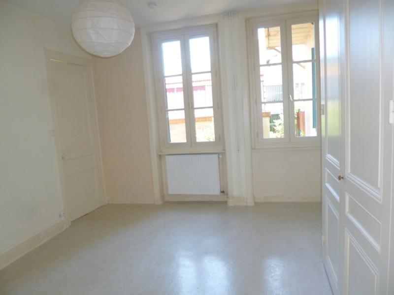 Location appartement Tarare 375€ CC - Photo 2