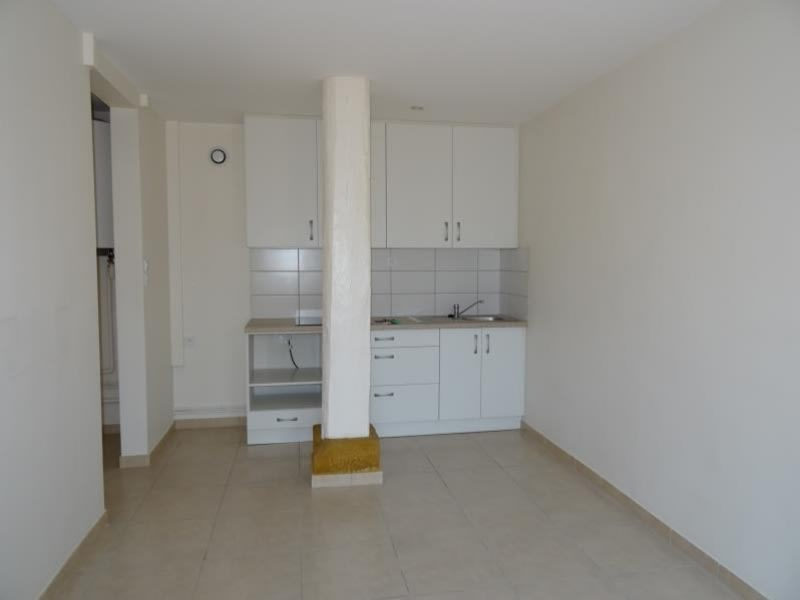 Location appartement Riorges 345€ CC - Photo 5