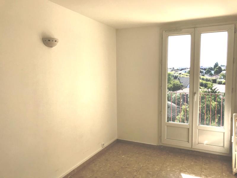 Sale apartment Bretigny sur orge 190000€ - Picture 3
