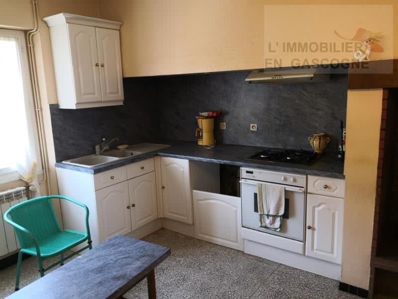 Sale house / villa L isle jourdain 283500€ - Picture 3