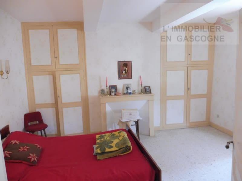 Sale house / villa L isle jourdain 283500€ - Picture 5
