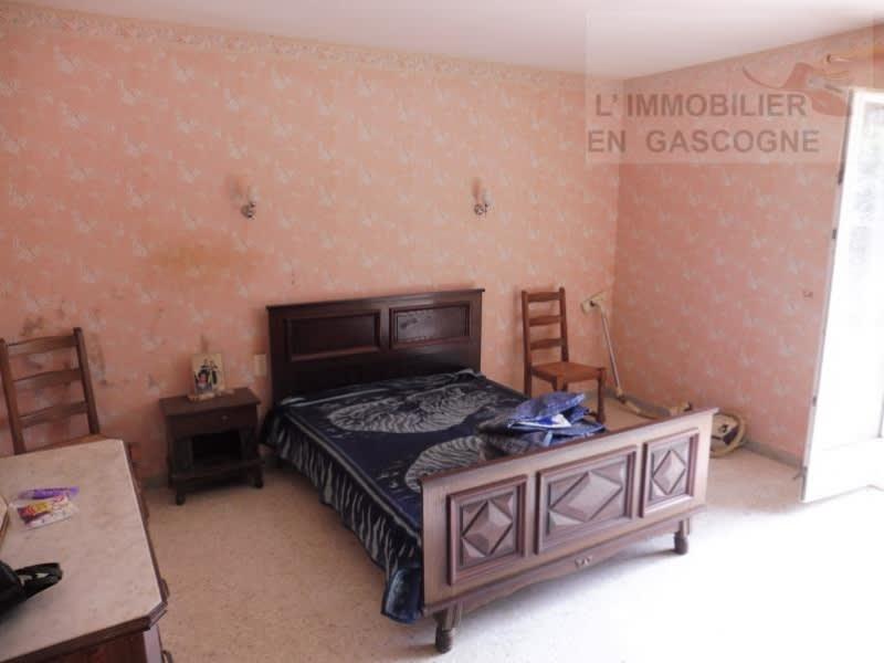 Sale house / villa L isle jourdain 283500€ - Picture 6