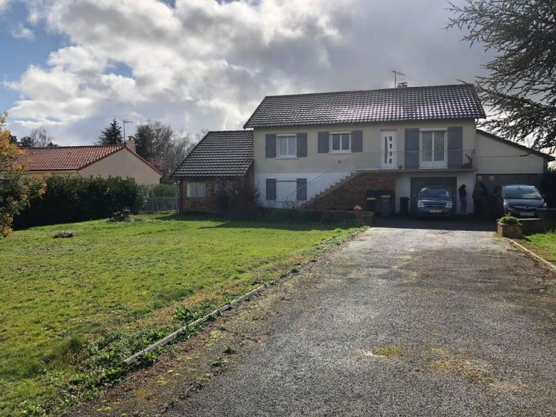Sale house / villa La villedieu du clain 199500€ - Picture 5