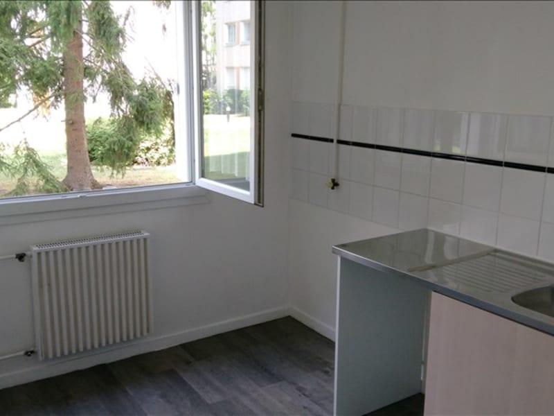 Location appartement Verneuil sur seine 730€ CC - Photo 3