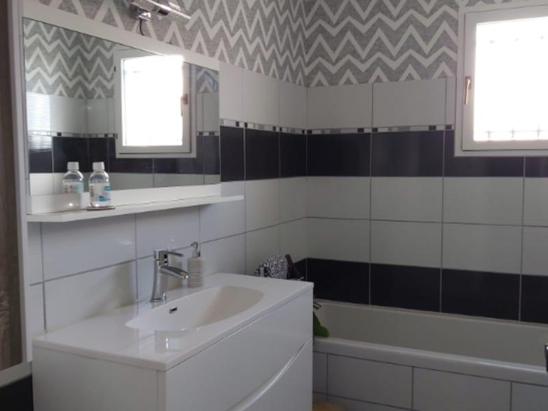 Sale house / villa Chauray 258000€ - Picture 7