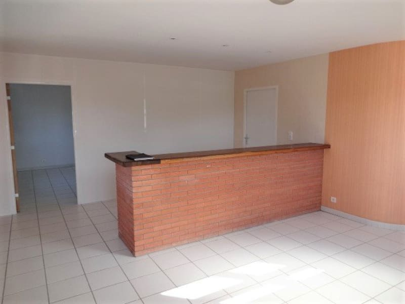 Rental empty room/storage Cornebarrieu 1 150€ CC - Picture 2