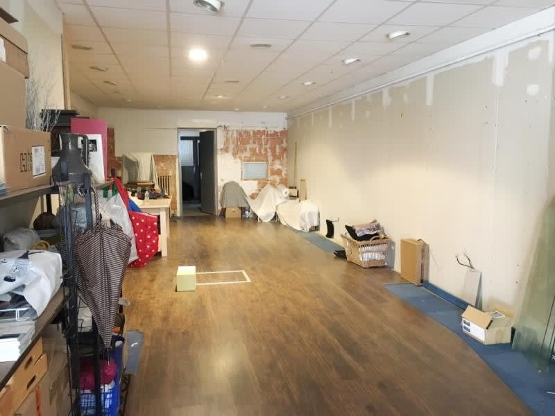 Vente local commercial Fougeres 167680€ - Photo 4