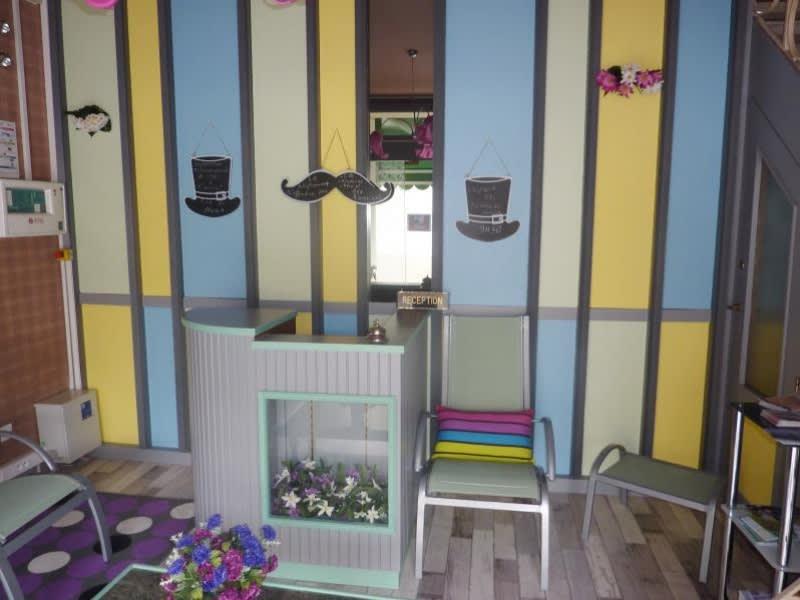 Commercial property sale shop Fougeres 104800€ - Picture 3