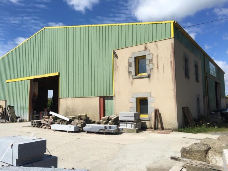 Commercial property sale shop Fougeres 167680€ - Picture 2