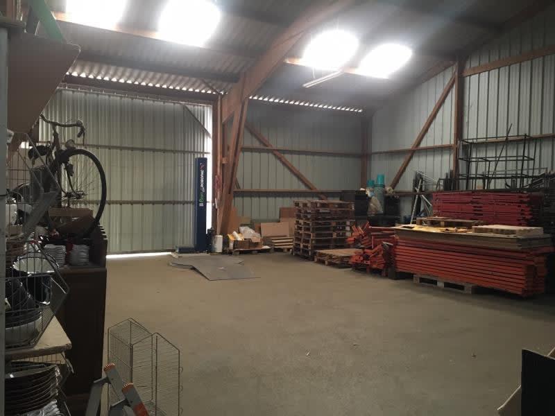 Location local commercial St aubin du cormier 3000€ HC - Photo 2