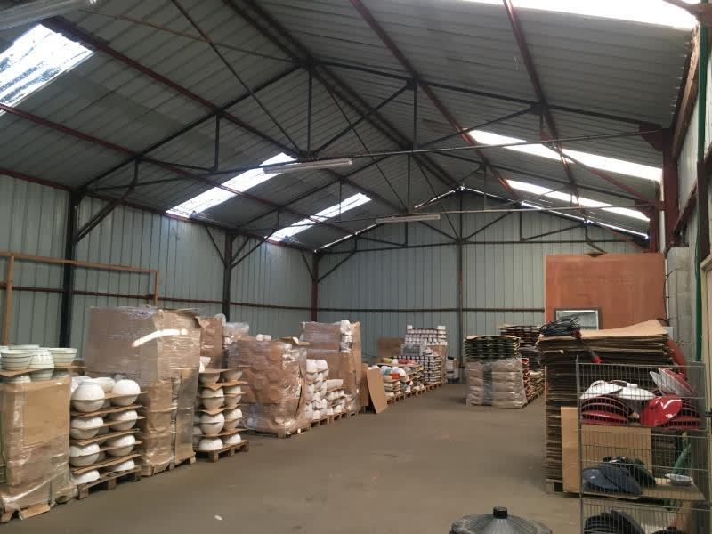 Location local commercial St aubin du cormier 3000€ HC - Photo 6