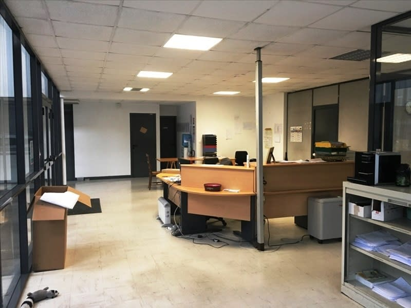 Location local commercial Fougeres 2500€ HC - Photo 2