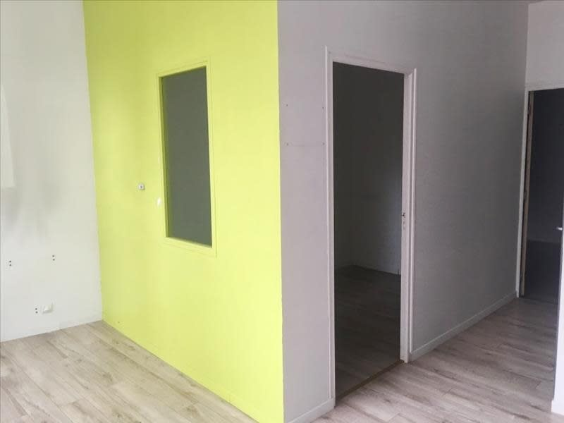 Location local commercial Fougeres 650€ HC - Photo 6