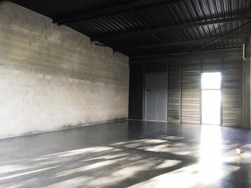Rental empty room/storage Fougeres 1 200€ HC - Picture 4