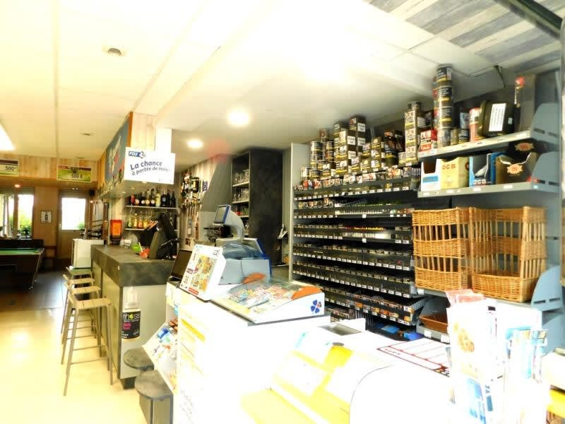 Commercial property sale shop Fougeres 99 560€ - Picture 2