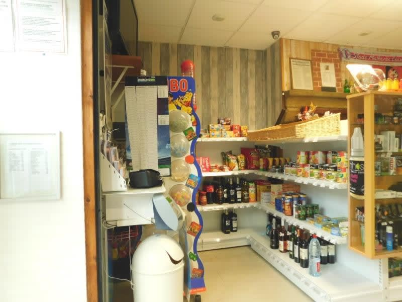 Commercial property sale shop Fougeres 99 560€ - Picture 3