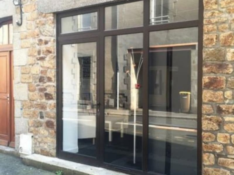Rental empty room/storage Fougeres 300€ HC - Picture 1