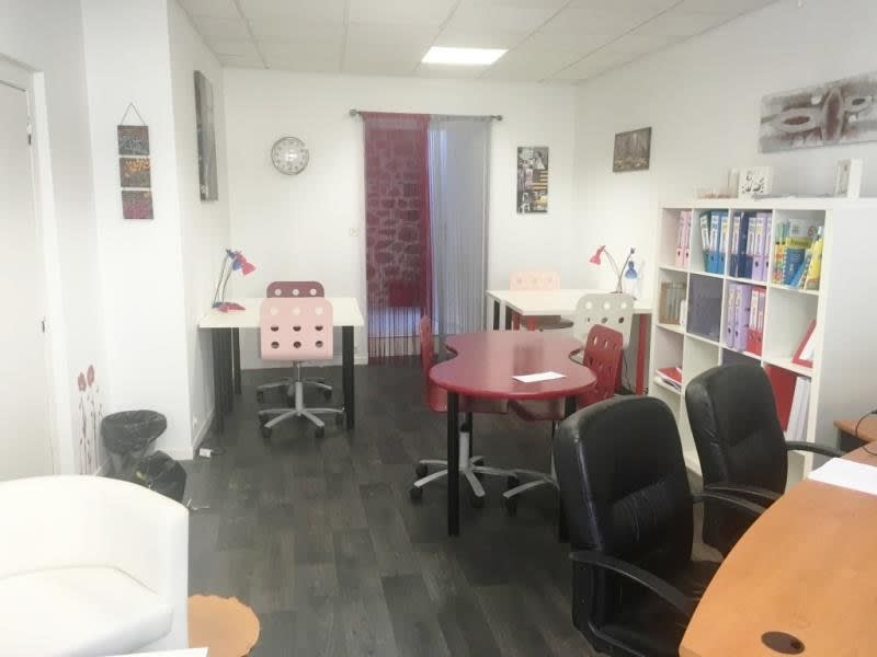 Location local commercial Fougeres 300€ HC - Photo 4