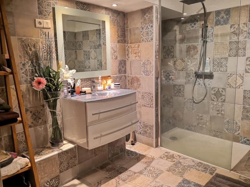Sale apartment Pourrieres 165000€ - Picture 4