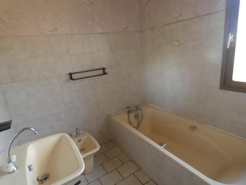 Vente maison / villa Dornes 129 600€ - Photo 6