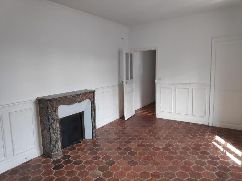 Location appartement St germain en laye 864€ CC - Photo 1