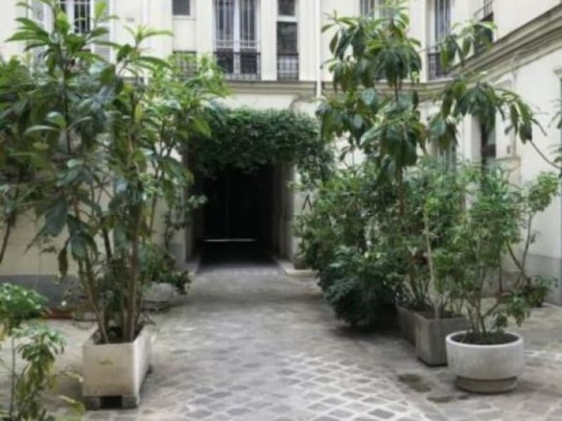 Sale apartment Paris 9ème 359000€ - Picture 2