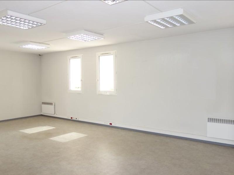 Rental empty room/storage St andre de cubzac 110€ HC - Picture 2