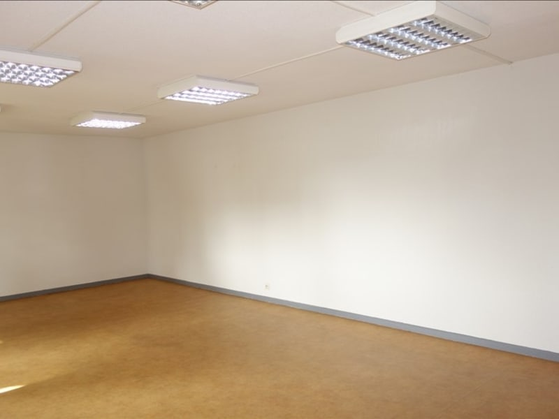 Rental empty room/storage St andre de cubzac 110€ HC - Picture 6