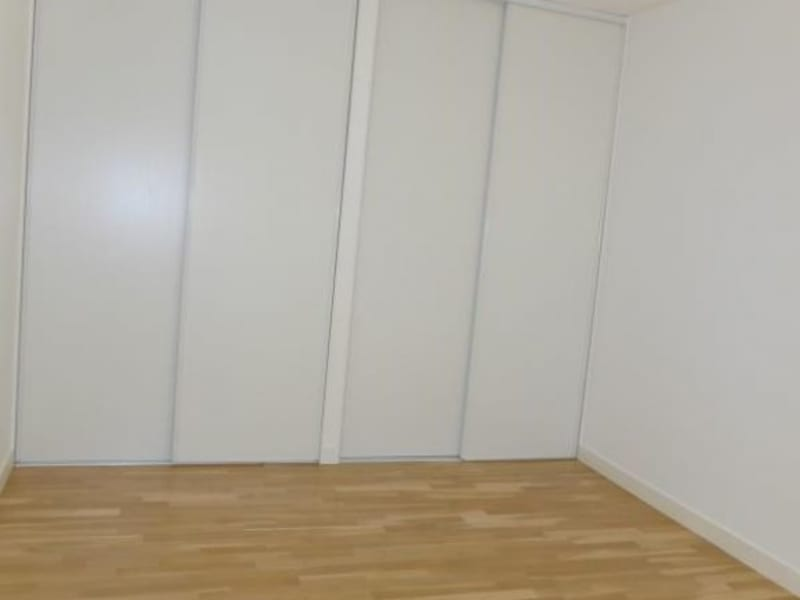 Rental apartment Prevessin-moens 1725€ CC - Picture 5