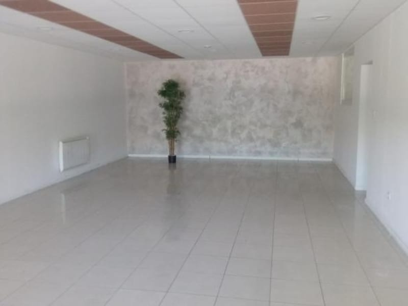 Rental empty room/storage Ruelisheim 2 500€ HC - Picture 1