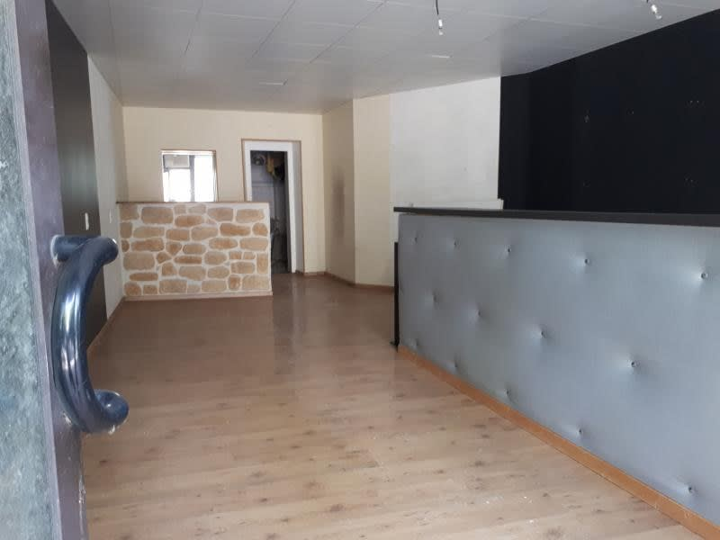 Location local commercial Labruguiere 450€ HC - Photo 1